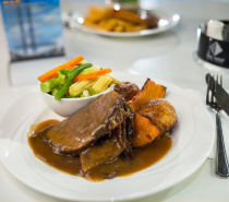 The Reef Hotel Casino - Flinders Bar & Grill - Roast Beef