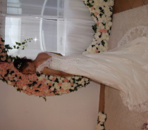 Pre loved wedding dresses & suits for sale or hire