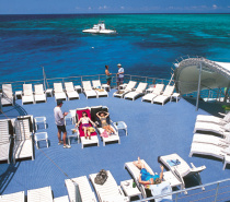 Outer Reef: Relaxing on the sundeck