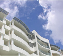Waters Edge Apartments is a stunning new property located right on the Cairns Esplanade