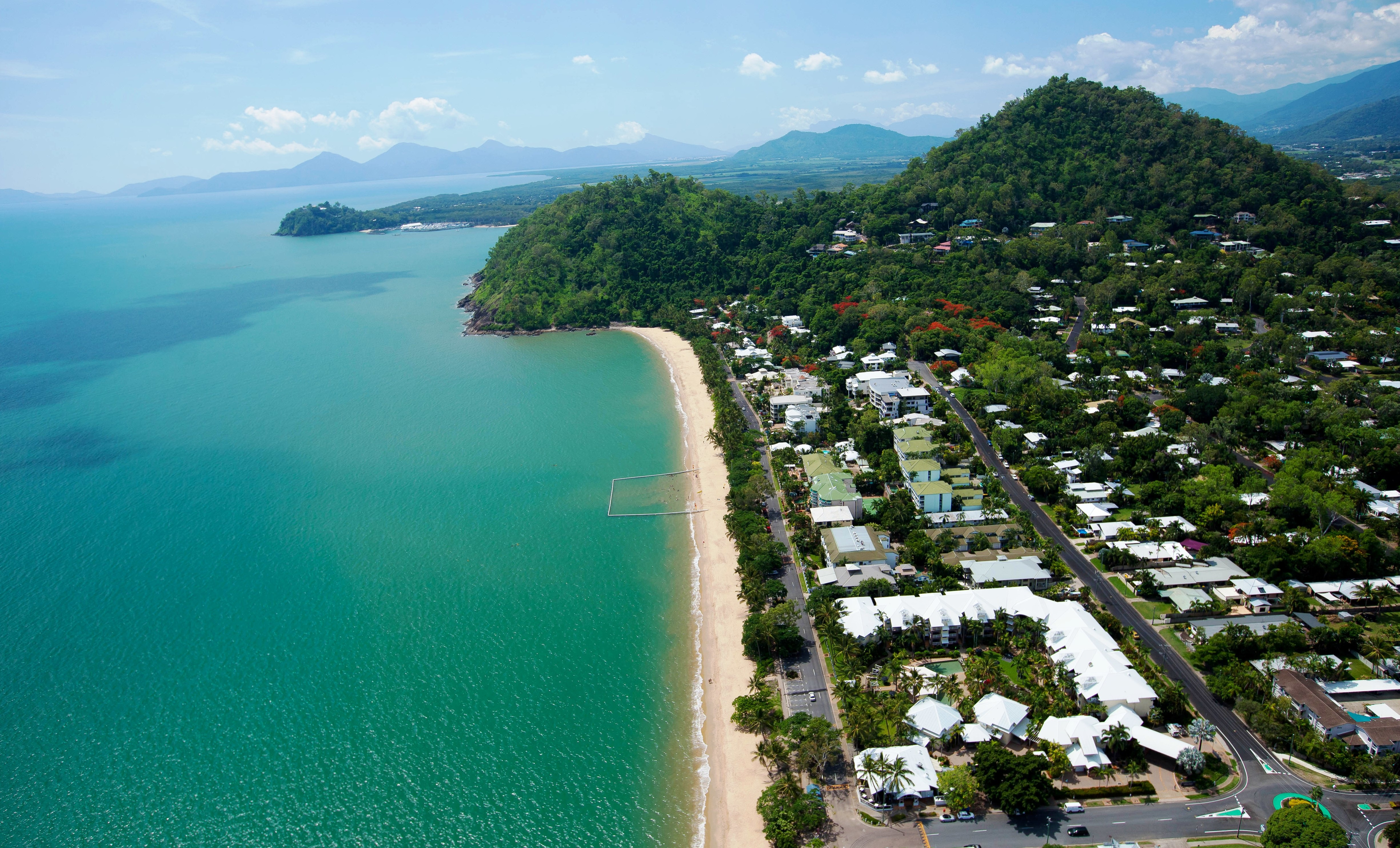 Coral Sands Beachfront Resort Cairns Tourism Town