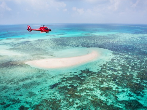 10-minute Scenic Flight over The Great Barrier Reef