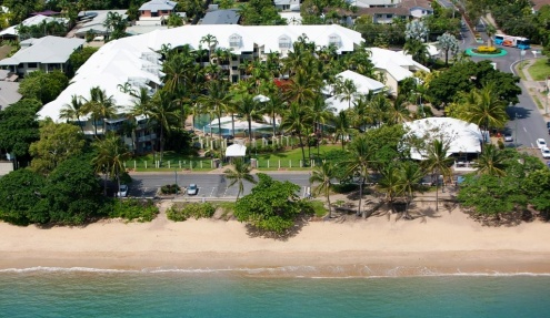 CORAL SANDS BEACHFRONT RESORT — TRINITY BEACH