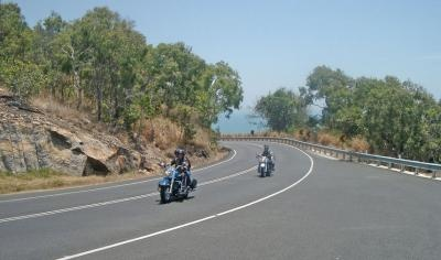 Experience a ride on a Harley-Davidson OR Trike !!