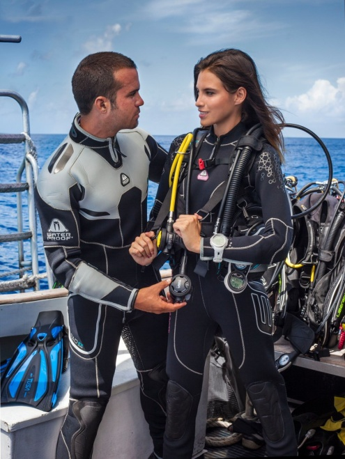 Introductory Diving on the Great Barrier Reef with Tusa Dive from Cairns
