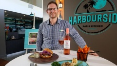 Harbourside Bar & Kitchen provides makeover for Cairns Holiday Inn