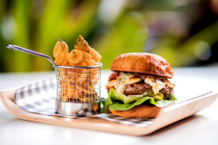 Burger Novotel Cairns Oasis Resort