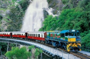 Cairns Reef and Rainforest Holiday Package – Green Island, Kuranda Rail, Skyrail, Aboriginal Culture & Rainforest Tour