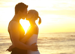 Romance Package - 2 nights Accommodation, Champagne and Strawberries on arrival & Fine Dining