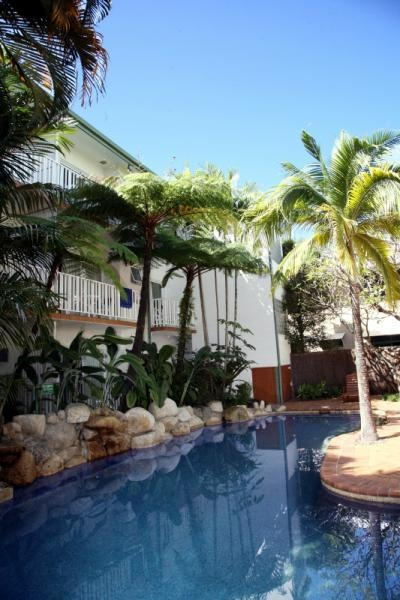 Coral Tree Inn Cairns Tourism Town Find Amp Book