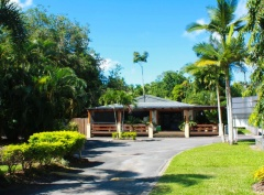 Lake Placid Tourist Park - Caravan Park Cairns